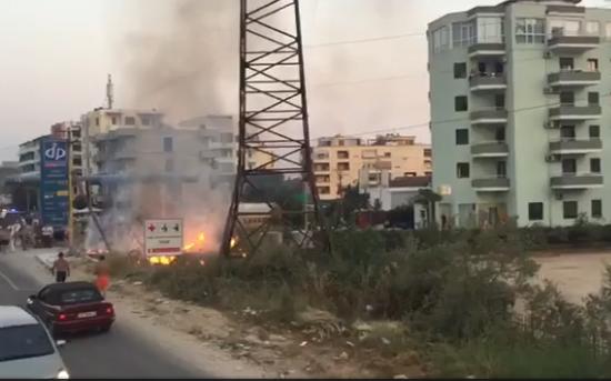Golem  Zjarr në një hotel  plagosen dy persona