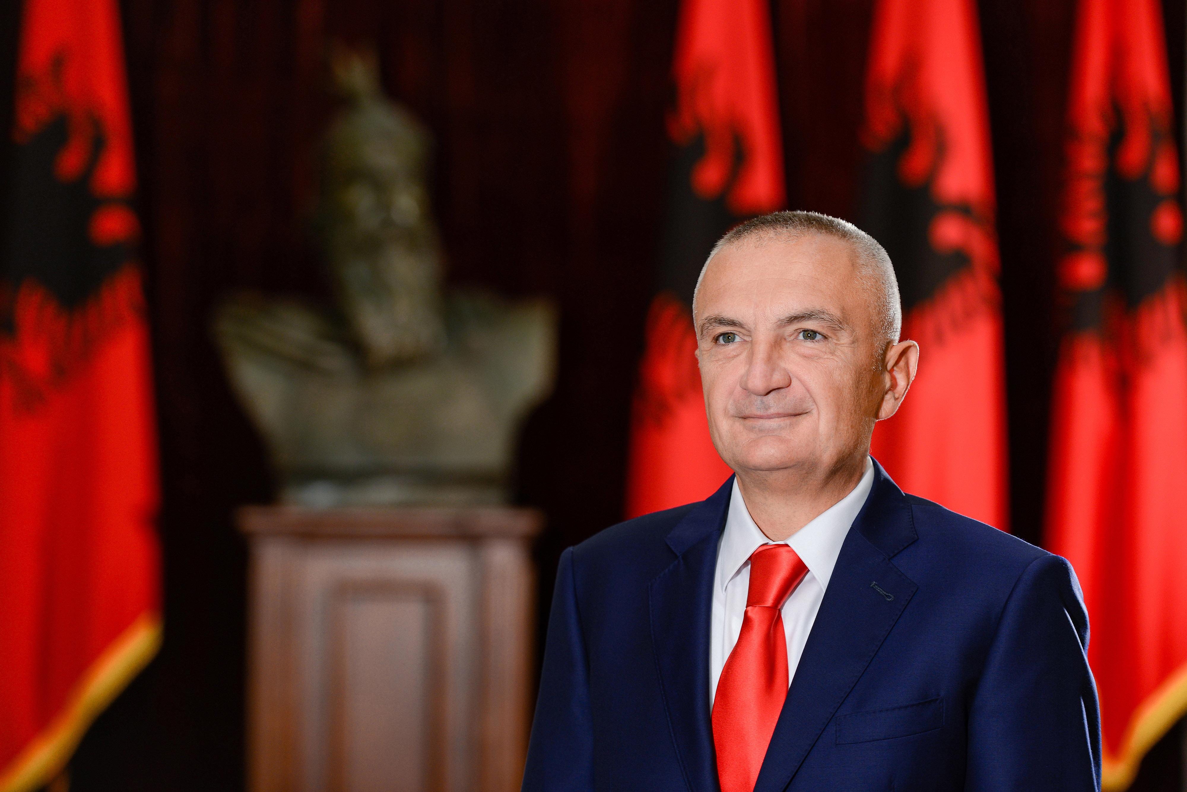 Reagim i Presidentit Meta ndaj situatës së krijuar për ndërtimin e Unazës së Re në Tiranë
