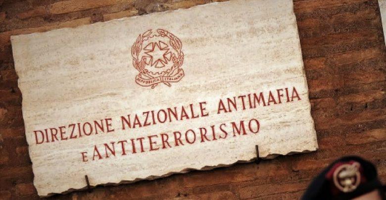 Itali  Shkatërrohet grupi kriminal  68 persona në pranga  Pastronin paratë përmes basteve online dhe në Shqipëri