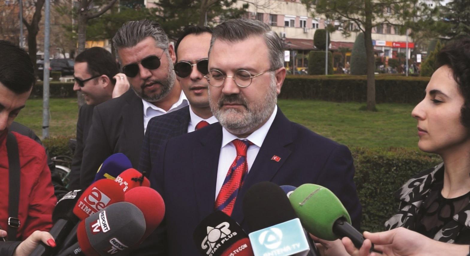 Ambasadori turk fton Ramën në samitin ku do jetë dhe Erdogan