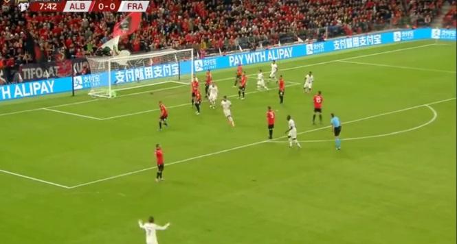 Shqipëri Francë 0 1   As dhjetë minuta nuk rezistojmë  vjen goli i parë nga francezët