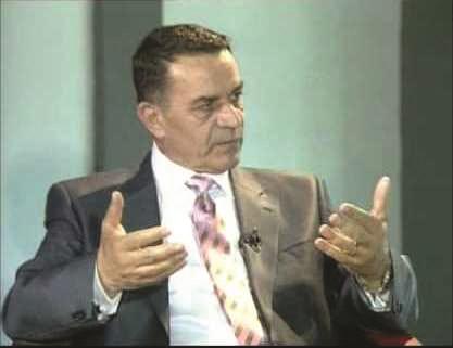 Elmaz Sherifi: Kryeministri po e çon vendin drejt