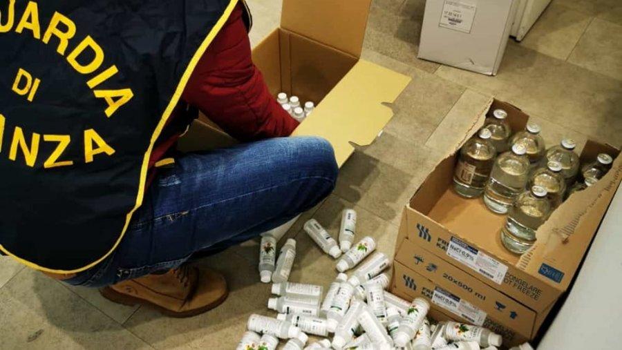 Policia e Milanos sekuestron 10 mijë dezinfektantë në farmacitë italiane  një pjesë u prodhuan në Shqipëri
