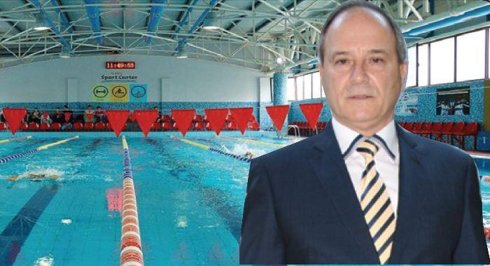 Presidenti i Notit Agim Çiraku  Presim të hapen pishinat për gara